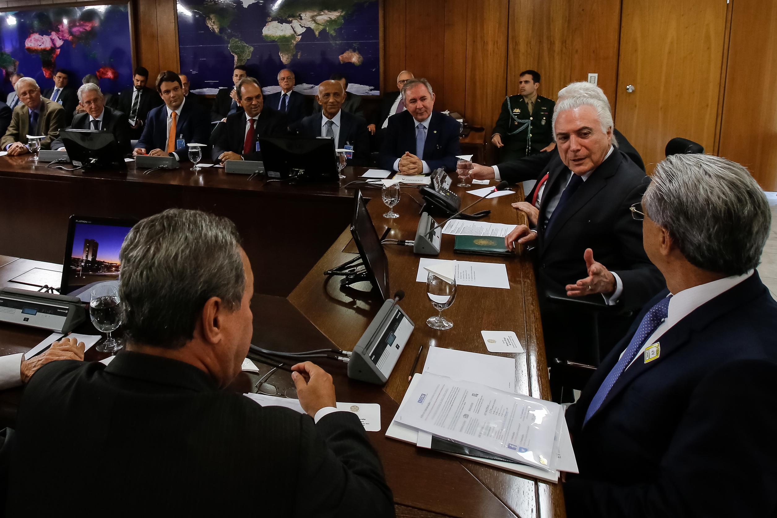 Líderes industriais do país debatem modernização i