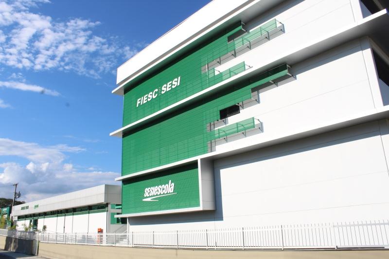 FIESC entrega nova unidade do SESI Escola em Rio do Sul