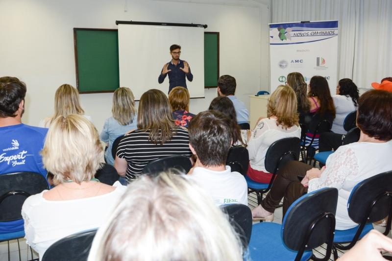 Adolescentes abrigados iniciam qualificação profissional em São Bento do Sul