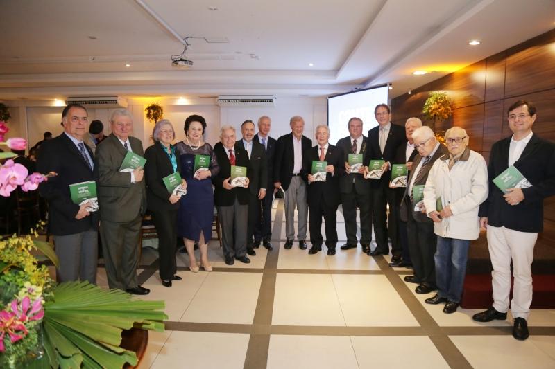 Na Jornada, FIESC lança publicações