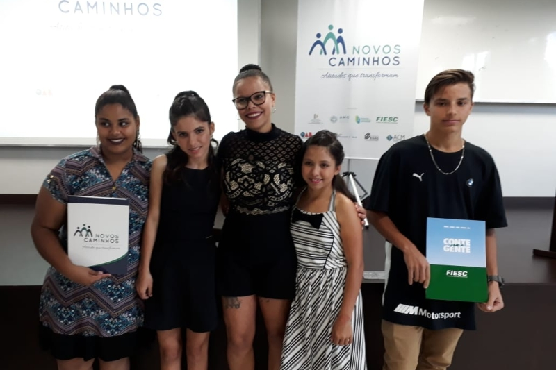 Em Criciúma, adolescentes se formam no Programa Novos Caminhos