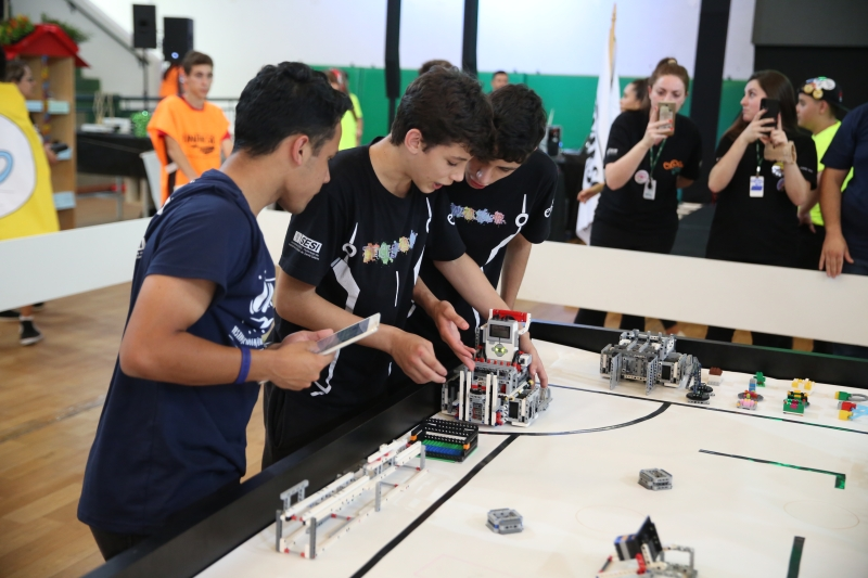 Torneio de robótica da FLL se inicia nesta sexta (7), no SESI de Jaraguá do...