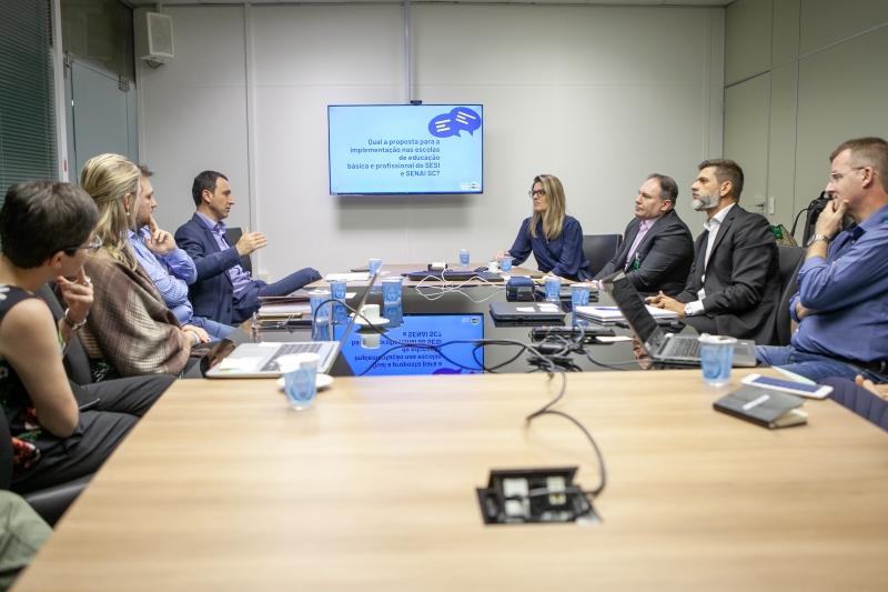 SESI, SENAI e Instituto Ayrton Senna firmam parceria para promover educação...
