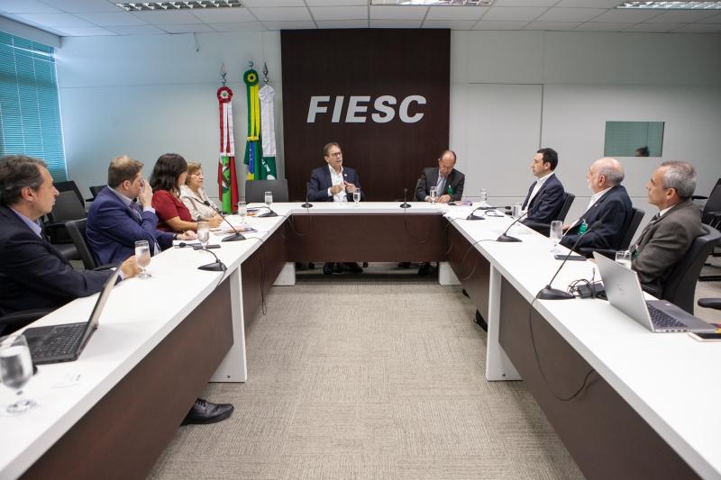 FIESC recebe comitiva do Conselho Nacional do SESI